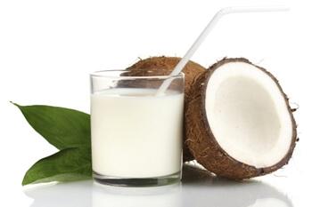 ココナッツミルクで下痢やアレルギーに